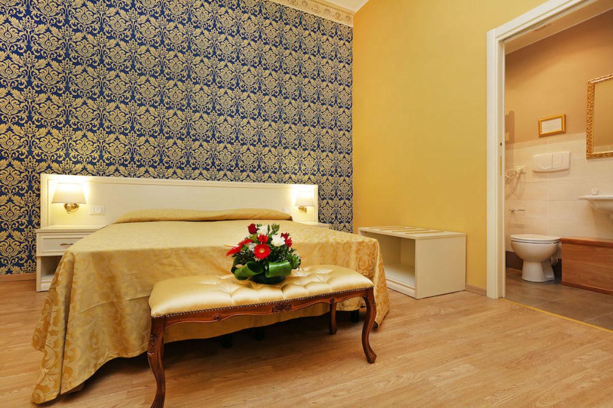 Camera Matrimoniale A Roma.Camera Matrimoniale Superior Dg Prestige Room Bed And Breakfast Roma